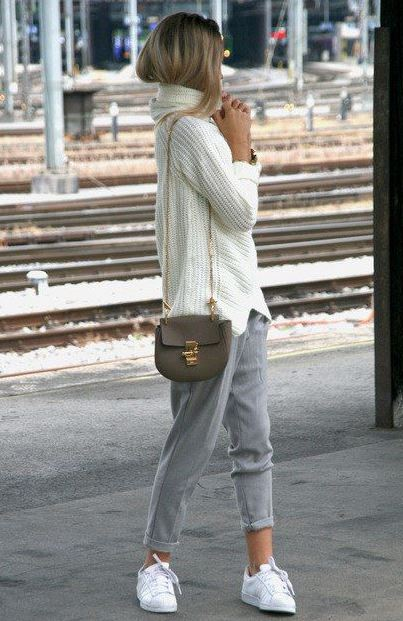 incredible fall outfit / white knit sweater + crossbody bag + grey pants + sneakers