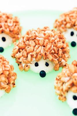 глазурь, десерты, для детей, ёжик, животные, злаки хрустящие, пирожные, фигурки съедобные, хлопья хрустящие, http://prazdnichnymir.ru/ съдобный ёжик десерт для детей