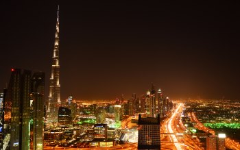 Wallpaper: Burj Khalifa by night in Dubai