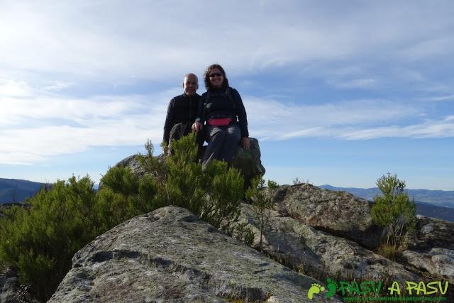 Dolmen de Merillés: cima del Alto de Reigada