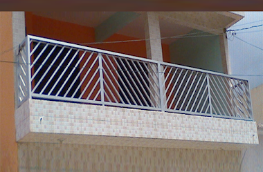 Varanda em Alumínio Fosco Estilo Diagonal