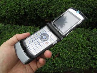 Hape Jadul Motorola RAZR V3i Seken Mulus Kolektor Item