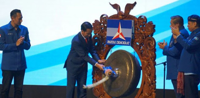 Pengurus Demokrat: Sebelum Rapimnas, SBY Dilobi Habis-Habisan Deklarasi Usung Jokowi
