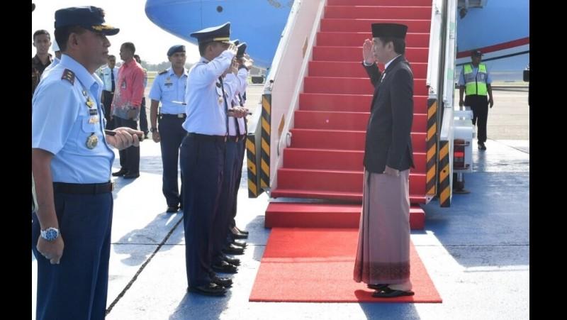 Jokowi bertolak ke Pekalongan untuk menghadiri Peringatan Maulid Nabi