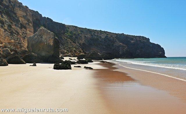 Praia-do-Zavial-paraíso
