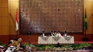 Pemerintah Putuskan Idul Fitri Jatuh Hari Minggu 25 Juni 2017
