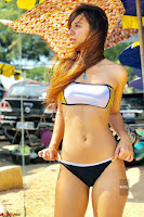 Benafsha Soonawalla in Spicy Bikini Enjoying Her Vacation in Thailand  Exclusive Galleries 003.jpg