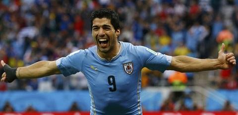 Luis Suarez hiện thuộc biên chế CLB Liverpool.