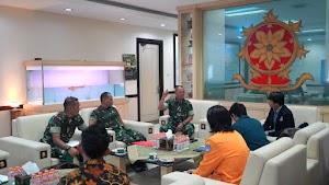 Pangkostrad Terima Audiensi Dewan BEM Universitas Se-DKI Jakarta dan Jawa Barat