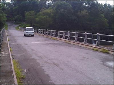 http://www.kabarviralpedia.com/2017/01/7-kejadian-paling-mengerikan-dalam-membangun-jalan-tol.html