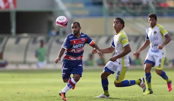 Com direito a gol olímpico, Horizonte vence o Fortaleza no Domingão.
