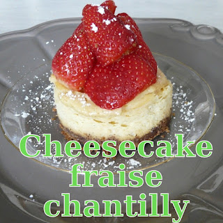 http://danslacuisinedhilary.blogspot.fr/2013/07/cheesecake-fraise-chantilly-stawberry.html