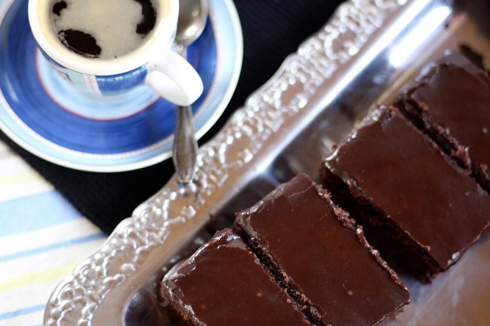 Kärleksmums - Rezept für schwedische Schokoschnitten mit oder ohne Kokos