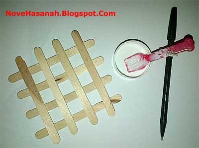 Cara Membuat Hiasan Dinding Dari Stik Es Krim