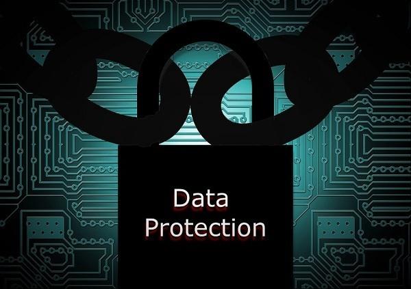 perlindungan terhadap data yang disimpan