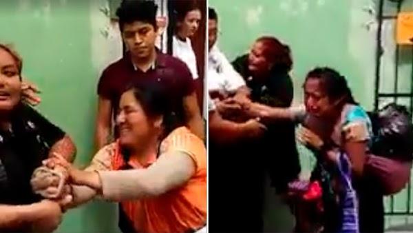 Policías esposan a menor indígena y a su mama por vender en la calle pero ciudadanos logran rescatarlas (VIDEO).