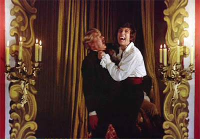 Thorley Walters and Robert Tayman in Vampire Circus (1972)