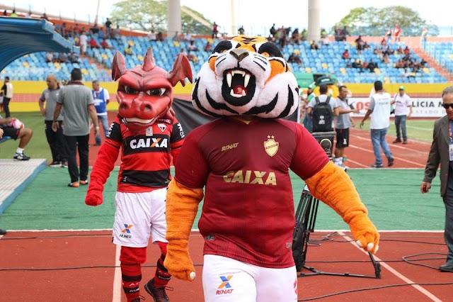 Vila Nova 2x1 Atlético: A ferrari e a mobilete