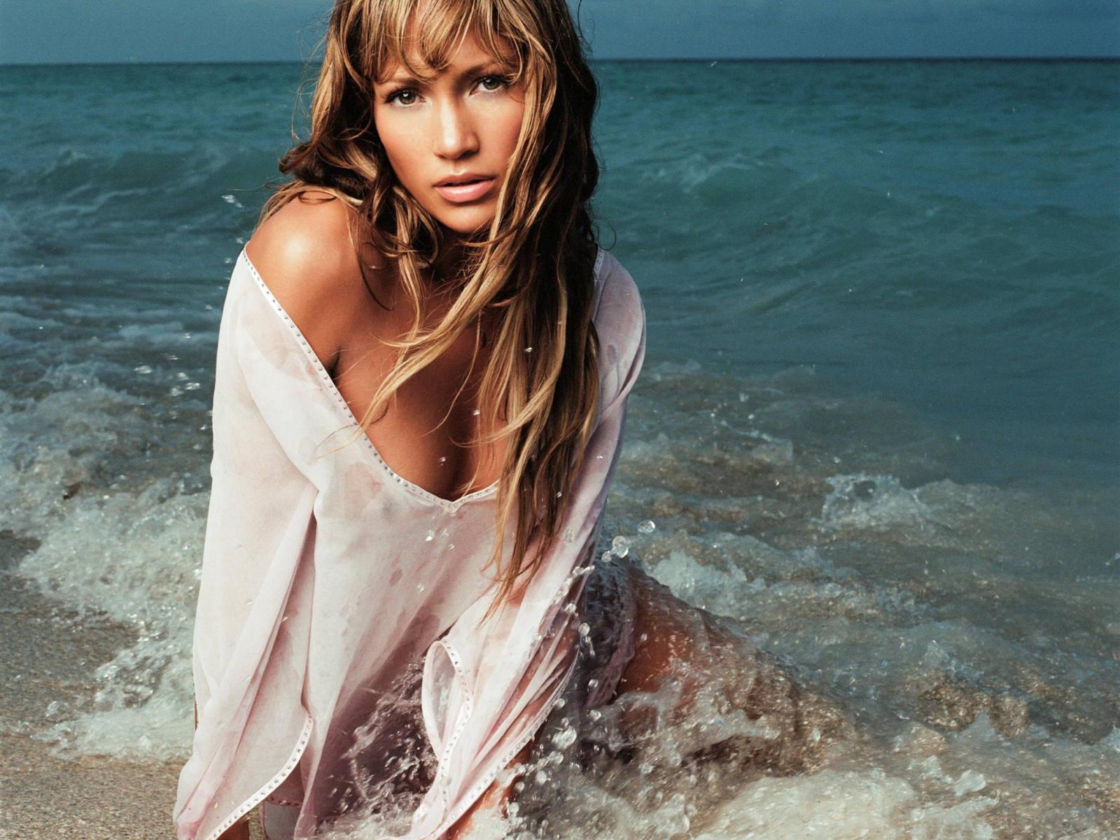 Jennifer Lopez Sexy Movie 21