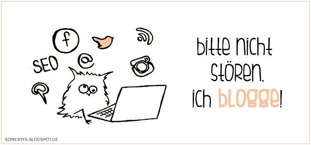 Eule beim Bloggen. Spruch