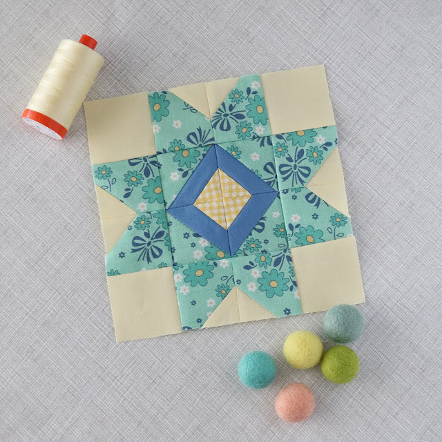 Splendid Sampler block made by Andy Knowlton of A Bright Corner