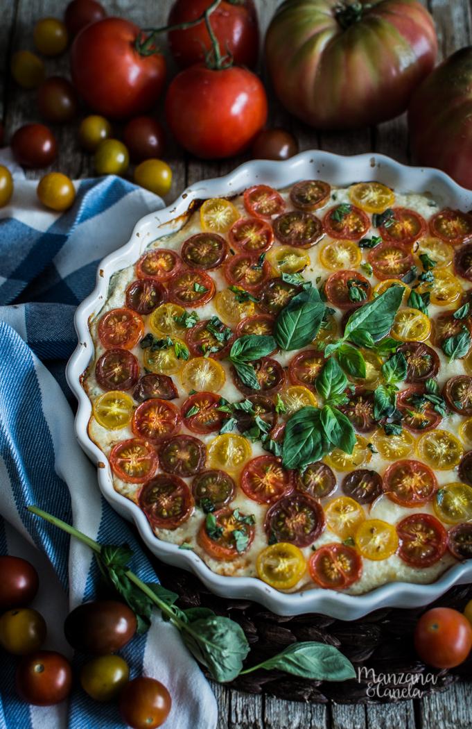 Tarta salada de queso y tomates
