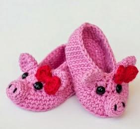 http://translate.googleusercontent.com/translate_c?depth=1&hl=es&prev=search&rurl=translate.google.es&sl=en&u=http://www.hopefulhoney.com/2015/03/pink-piggy-baby-booties-crochet-pattern.html&usg=ALkJrhi4A30Sbws5vE4vtgEK5PDQqQ0zCQ