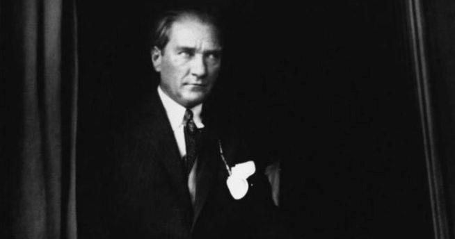 Atatürk Sevgisi, Vatan Aşkı