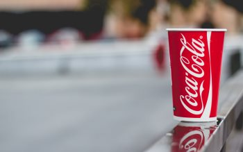 Wallpaper: Glass of Coca-Cola