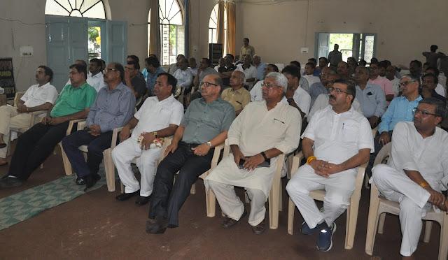 Ajay Kumar Bharti Chintan 'Survey Bhavantu Sukhin' is a contemplation of the Sangh of 'Sangh Darshan' on the release.