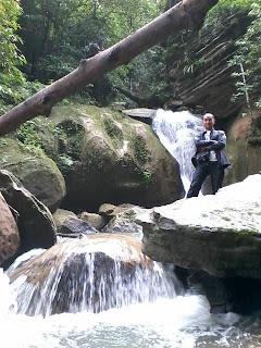 Wisata Alam Air Terjun Pelangi