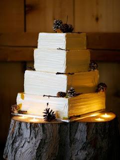 kue pengantin 4 tingkat