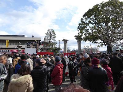 成田山不動尊 節分祭 追儺豆まき式が終わった直後