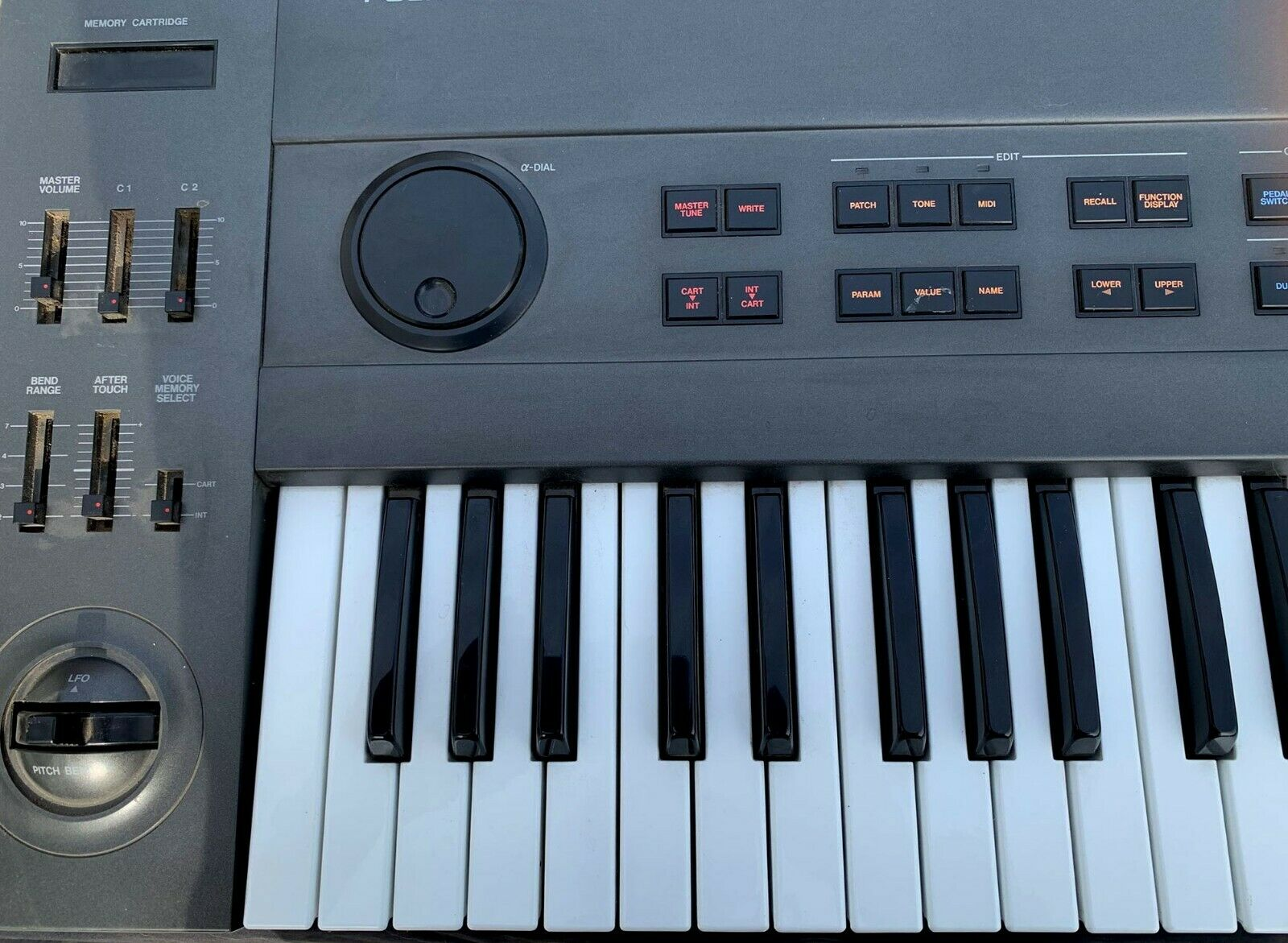 MATRIXSYNTH: Roland JX-10 'Super JX' Analogue Synth w/ Sound