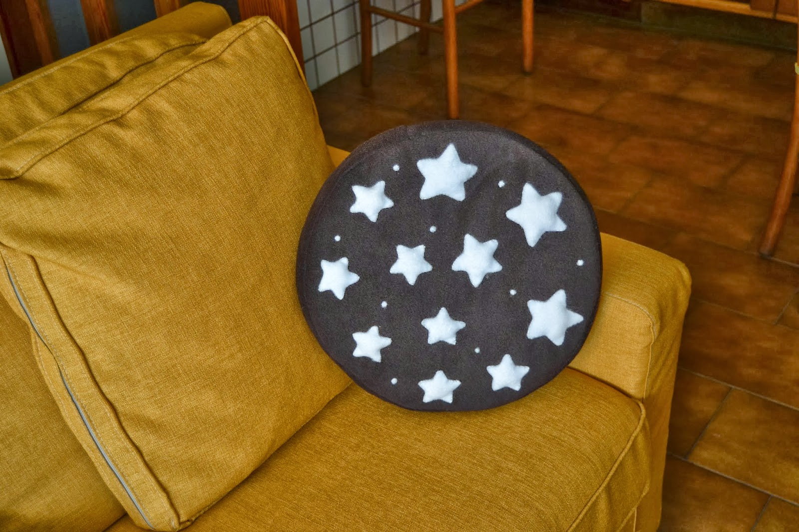 Cuscino Pan Di Stelle Tutorial.Liis Plush Cuscino Pan Di Stelle