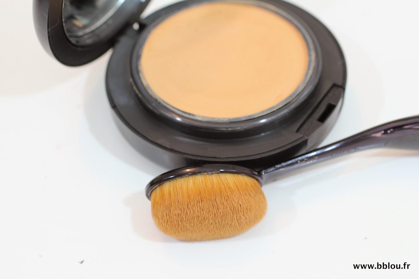 http://www.beautybylou.com/2014/07/revue-et-application-fond-de-teint.html