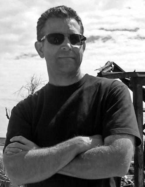 Norman Partridge, The Hollow Man, Relatos de terror, Horror stories, Short stories, Science fiction stories, Anthology of horror, Antología de terror, Anthology of mystery, Antología de misterio, Scary stories, Scary Tales, Science Fiction Short Stories, Historias de ciencia ficcion