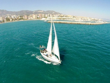 sailing-day-in-malaga-private-boat-charter