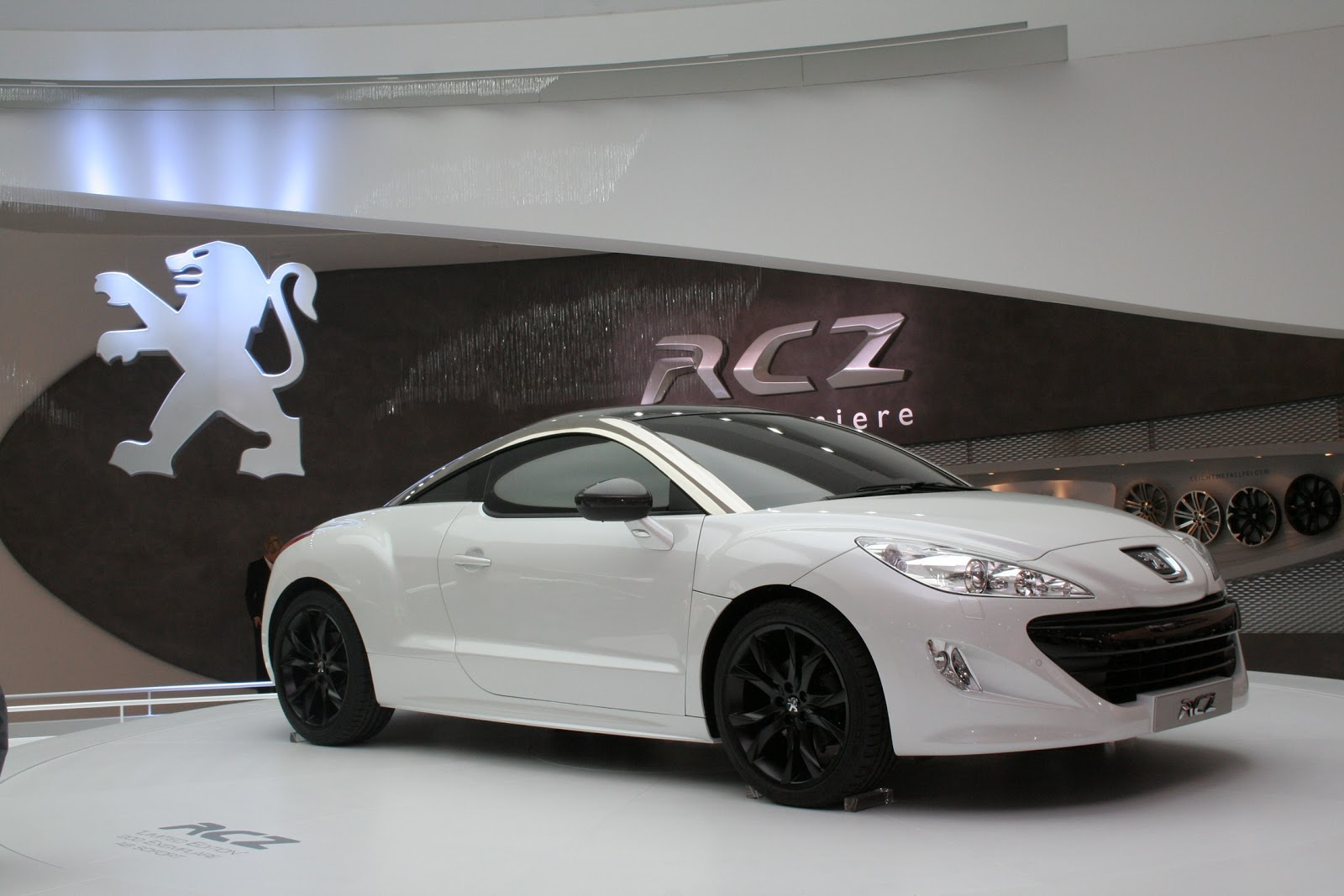 peugeot rcz autosmr. Black Bedroom Furniture Sets. Home Design Ideas