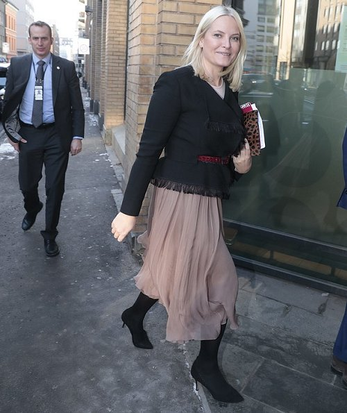 Crown Princess Mette Marit wore CHLOÉ Fringed jacquard jacket and Yvonne Koné Shoes, Pumps, Valentino Lace Skirt