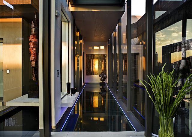 Glass floor in the modern home