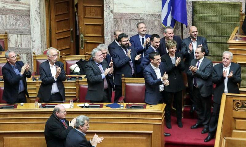 Ψήφο εμπιστοσύνης με 151 «ναι» έλαβε η κυβέρνηση Τσίπρα