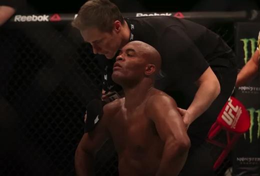 UFC: Anderson perde para azarão Bisping