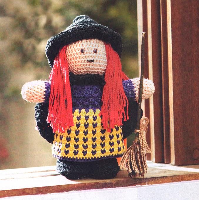Brujita Amigurimi Patron Crochet en Pdf.Halloween