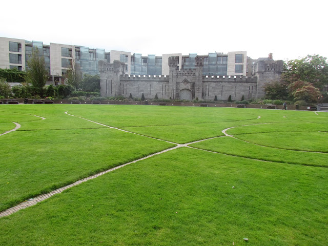 Jardins do Castelo de Dublin.