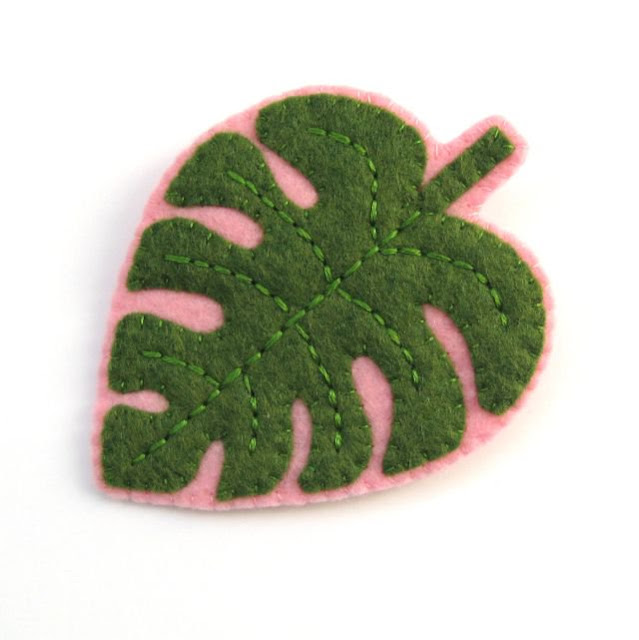 Felt Monstera Leaf Brooch Tutorial