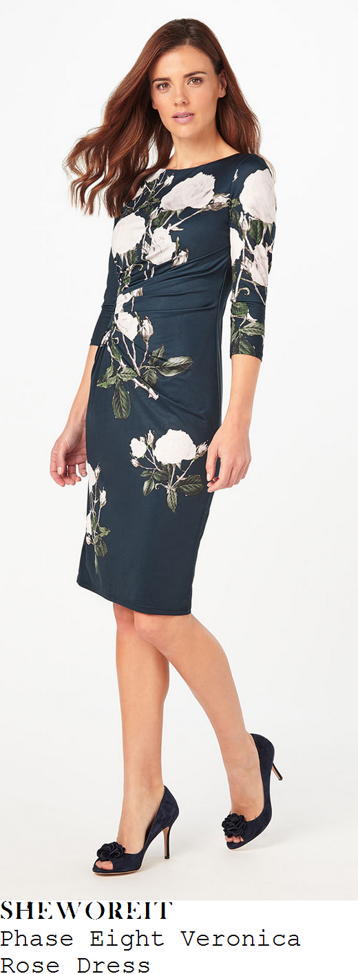 susanna-reid-phase-eight-veronica-rose-navy-blue-white-and-green-oversized-rose-floral-print-three-quarter-sleeve-ruched-panel-detail-fitted-shift-dress