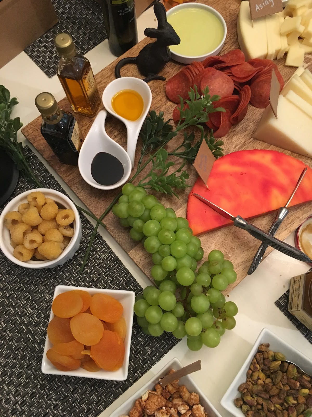 Kiss my apron blind wine tasting party 2017 - Can i eat port salut cheese when pregnant ...