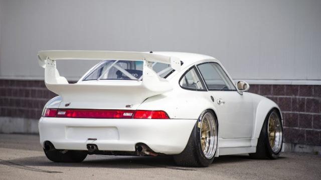 El Porsche 911 GT2 Evo; aquí te decimos por qué tenerlo