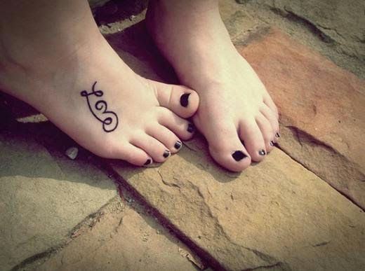 60 Tatuajes Femeninos Para Pies Belagoria La Web De Los Tatuajes